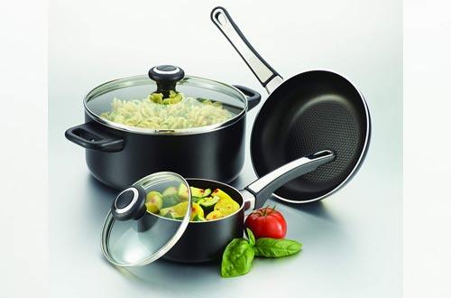 Farberware 21582 High Performance Nonstick Frying Pan